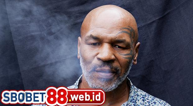 Mike Tyson Mengeluarkan $40k Per Bulan Untuk Ganja