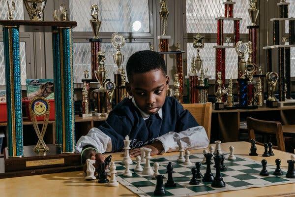 Kenalan yuk! Tanitoluwa Adewumi si calon Grandmaster catur cilik